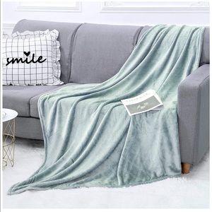 Fleece Fuzzy Throw Blanket 50 x 60
